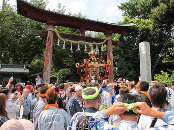 Senganmikoshi20100906